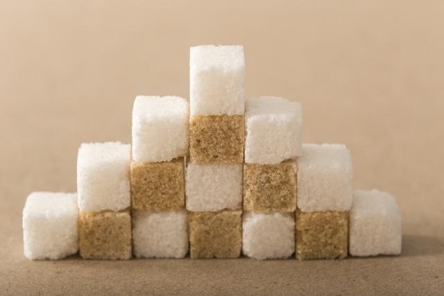 白砂糖と黒砂糖