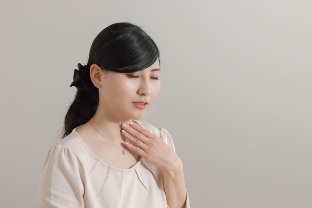 喉痛 喉の痛み