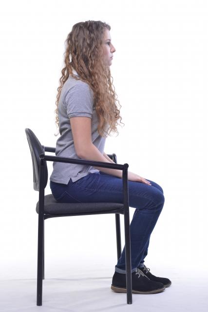 正しい姿勢 座位